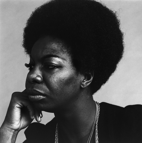 30th October 1969: Headshot profile portrait of American vocalist Nina Simone (1933 - 2003) resting her head on her hand. (Photo by Jack Robinson/Hulton Archive/Getty Images)